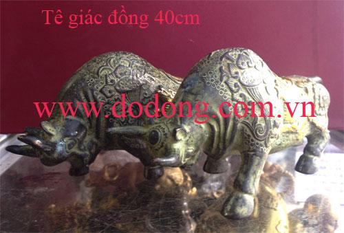 Đôi tê giác đồng phong thủy