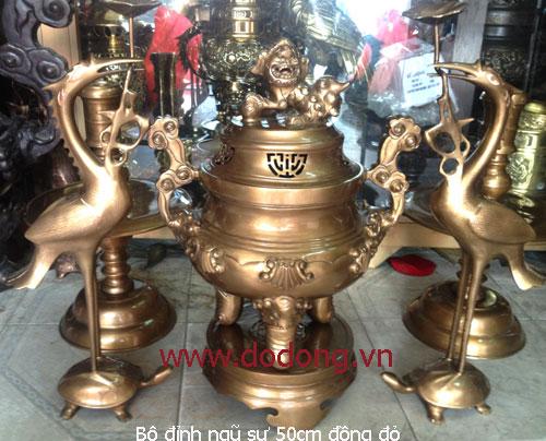 Bộ đồ thờ cúng đồng đỏ ngũ sự cao 50cm: đỉnh hạc chân nến phù hợp bàn thờ 61x153cm