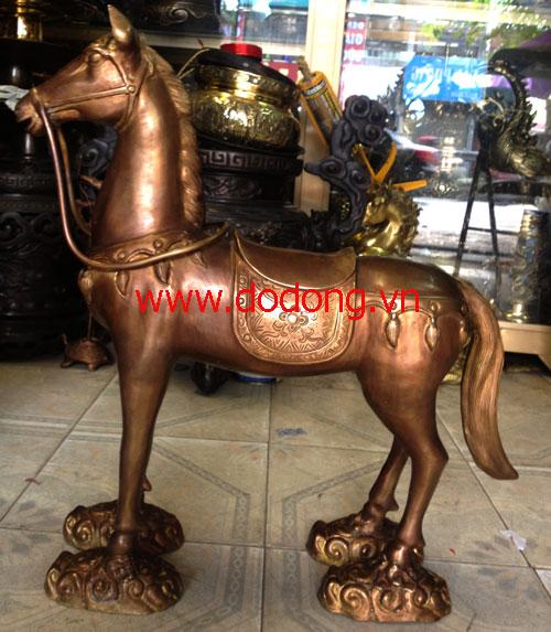 Ngựa thờ đồng nguyên khối 55cm, dài 65cm