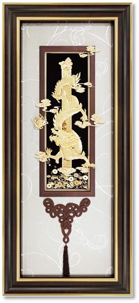 Tranh rồng vàng phong thủy có ý nghĩa cho văn phòng