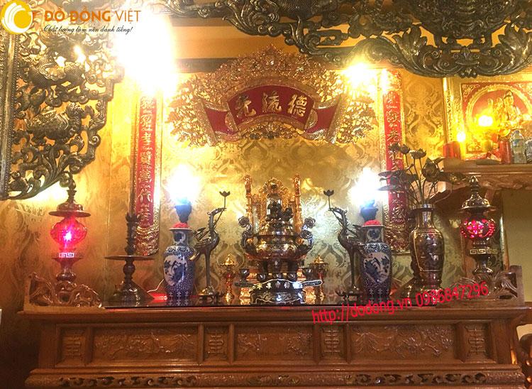 Bàn thờ cao cấp,trang trí bàn thờ nhà con trưởng họ Trần0