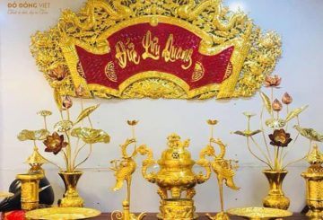 Bộ đỉnh thờ bằng đồng mạ vàng 24k tại Đường láng, Hà Nội