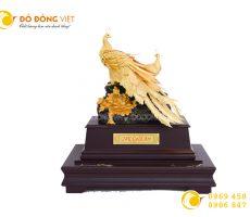Quà tặng phong thủy cao cấp đôi chim công bằng vàng