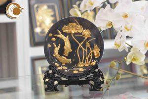 Đĩa tranh cá chép hoa sen mạ vàng 24k- quà tặng cao cấp