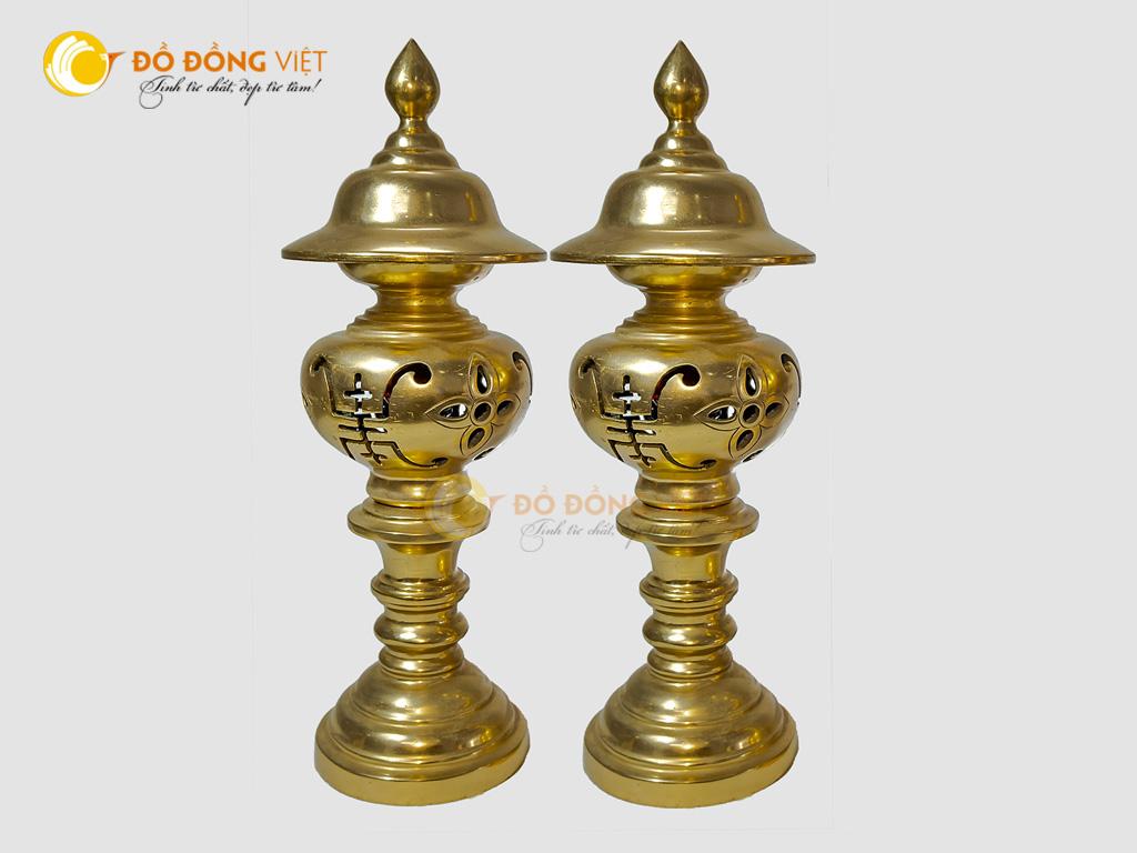 Đôi đèn thờ bằng đồng đỏ đúc mộc truyền thống cao 60cm0