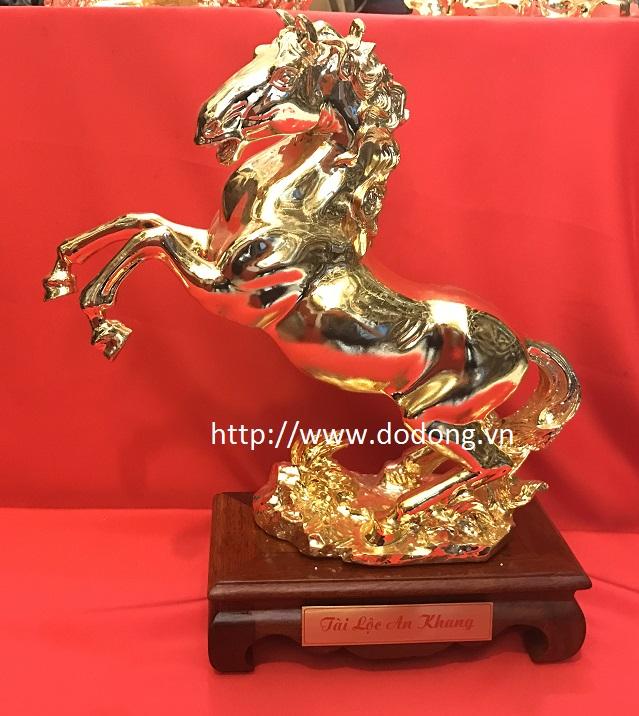 Ngựa phi nước đại, tượng ngựa mạ vàng 28 cm