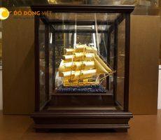 Quà tặng thuyền buồm cho đối tác kinh doanh quốc tế
