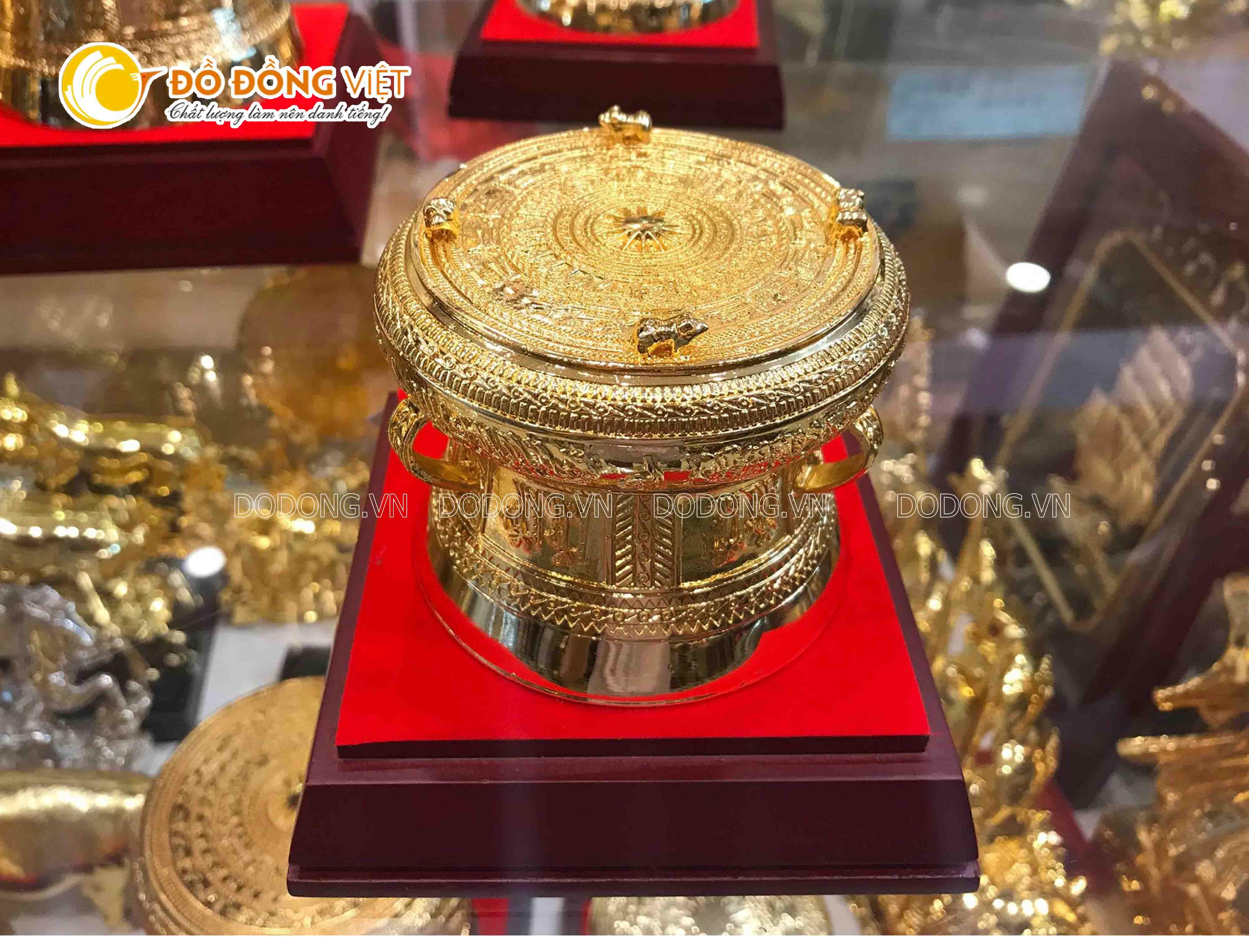 Trống đồng mạ vàng 15 cm0