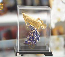 Tượng cá rồng mạ vàng 24k làm quà tặng sếp thăng chức
