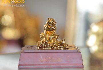 Linh vật khỉ phong thủy mạ vàng 24k đẹp tinh xảo