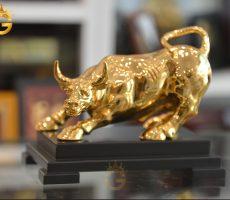 Linh vật phong thủy Tết Tân Sửu 2021, quà tặng tượng trâu mạ vàng 24k