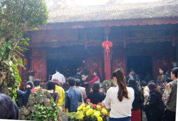 ý nghĩa đi lễ đầu năm xin lộc của người Việt